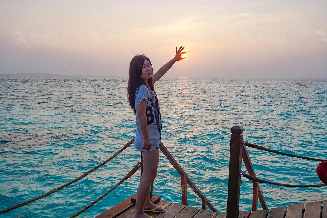 马尔代夫蜜都帕茹岛日落